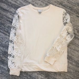 Ivory Sweatshirt with Lace Sleeves
